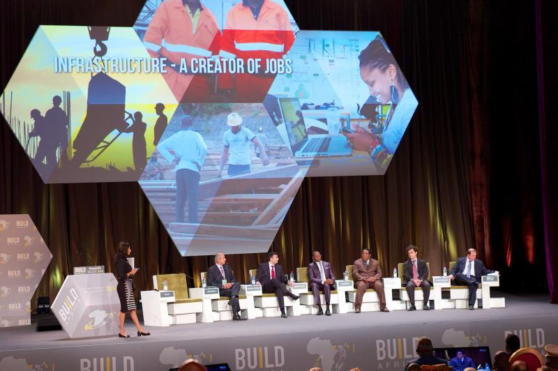 TABLE RONDE : LES INFRASTRUCTURES - CRÉATRICES D'EMPLOIS | ROUNDTABLE DEBATE: INFRASTRUCTURE - A CREATOR OF JOBS